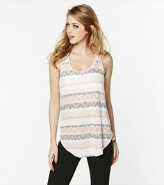 Sexy meets ethnic with this soft aztec print tunic! Tunic Tank Tops, Polished Look, Dress Me Up, Style Me, Fashion Beauty, Style Inspiration, Betta, Aztec, Casual