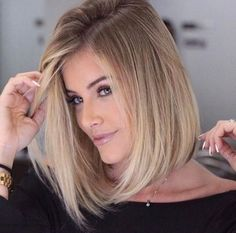 bob hairstyles with blonde highlights 2017 Blonde Balayage blonde Bob Hairstyles Highlights Straight Bob Haircut, Bob Haircut For Fine Hair, Bob Hairstyles For Fine Hair, Long Bob Haircuts, Lob Hairstyle, Haircuts For Fine Hair, Haircut And Color, Hairstyles 2018, Haircut Medium