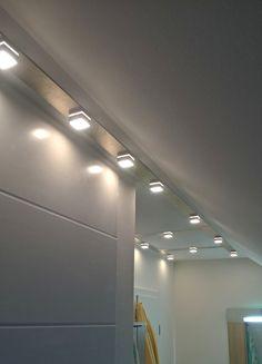 MeiLi One Alu transparent auf Aluplatte als Deckenbeleuchtung im Badezimmer