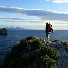 No os perdáis este grupo!! Grans Reptes se dedica al senderismo y los paisajes son alucinantes!!!