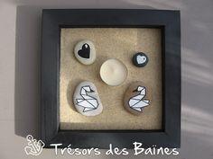 Cadre noir avec bougie + sable + galet cygnes origami et coeur pour décoration à poser : Luminaires par tresors-des-baines
