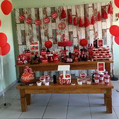 No photo description available. Coca Cola Party, Coca Cola Decor, Coca Cola Vintage, 50s Theme Parties, Coca Cola Bottles, 50th Birthday Party, Third Birthday, Festa Party, Style Retro