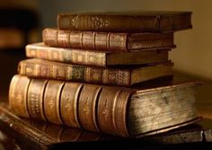 Find your desired uncommon book source, that includes out-of-print e-books and old books. Look up signed e-books, first books, antiquarian e-books and a lot more. Books Decor, Books Art, Old Books, Antique Books, Pile Of Books, Art Antique, Moby Dick, Dom Quixote, Occult Books