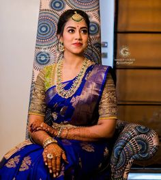 South Indian Wedding Hairstyles, South Indian Wedding Saree, Indian Bridal Sarees, Bridal Silk Saree, Indian Bridal Outfits, Indian Bridal Fashion, Blue Silk Saree, Bridal Lehenga, Pattu Sarees Wedding