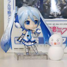 Nendoroid Yuki Miku (with Snow Hachune)