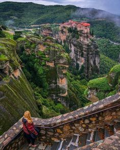 Meteora Monasteries, Central Greece. - Selected by www.oiamansion.com