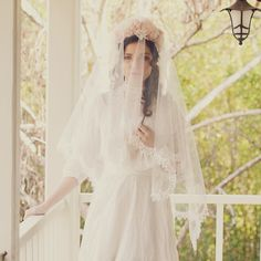 SCALLOP LACE HANDKERCHIEF VEIL 732 | Erica Elizabeth Designs and Pretty Things Wedding Acccesories