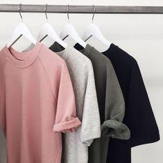 O estilo minimalista: Quanto menos informação na peças, mais objetivo, fácil de organizar, pensar e coordenar o look, melhor!