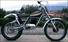 Ossa Bolger suspension 350RT 1974-76 Moto Trial, Trial Bike, Enduro Vintage, Vintage Motocross, Small Motorcycles, Vintage Motorcycles, Dirt Bike Magazine, Dirt Bikes, Bike Trails