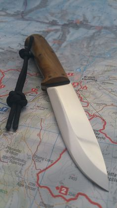 Manaresso Knives Manalore - Bushcraft Knife D3 tool steel - Cotinus coggygria wood handles