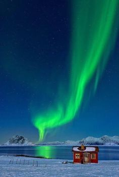 Spectacular northern lights in #Norway