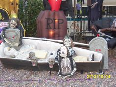 Mummy in the coffin with vistors