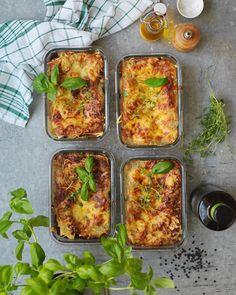 Ruotsalainen ruokakirjailija on laatinut reseptejä, joiden annoshinnaksi tulee vain euro. Palak Paneer, Quiche, Cooking Recipes, Euro, Breakfast, Ethnic Recipes, Food, Instagram, Lasagna