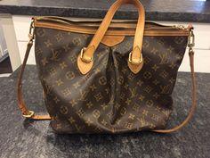 Louis Vuitton Palermo PM Monogram Shoulder Purse Handbag Auth LV Tote Louis Vuitton Handbags Black, Kate Spade Handbags, Purses And Handbags, Cheap Handbags, Luxury Handbags, Cheap Purses, Cheap Bags, Leather Purses, Leather Handbags