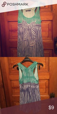 Unwrap me Tank Excellent Condition, looks amazing on!!  100% Cotton ⭐️save 30% off ANY two items!!! Xiomi Tops Tank Tops