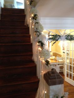 Trailing ivy on wedding staircase wedding staircase pinterest trailing ivy on wedding staircase wedding staircase pinterest staircases wedding and wedding staircase junglespirit Images