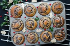 bulki makowe Sweet Pastries, Decorative Plates, Seeds, Cooking Recipes, Cooking Ideas, Rolls, Eat, Breakfast, Food