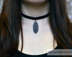 Velvet choker, black velvet necklace | Black choker, dainty choker, bronze leaf-pendant, pendant necklace, gift for her, gift for girlfriend by IvoryFern on Etsy