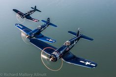 Vintage Aircraft – The Major Attractions Of Air Festivals - Popular Vintage Ww2 Aircraft, Fighter Aircraft, Military Aircraft, Air Fighter, Fighter Jets, F4u Corsair, Old Planes, Vintage Airplanes, Aviation Art