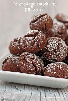 Schoko Haselnuss Plätzchen No Bake Cookies, Biscotti, Christmas Cookies, Cookie Recipes, Muffins, Good Food, Xmas, Sweets, Chocolate