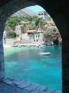 Mani, Peloponnes | Griechenland | repinned by @hosenschnecke