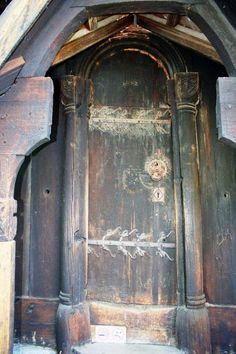 Urnes stavkyrkje - Kirker i Norge - inngangsdør