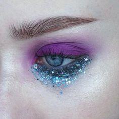 WEBSTA @ thesaraengel - c h e a p t h r i l l s | Products: @viseart Editorial Brights palette | Brows: @artdeco_cosmetics clear brow gel @narsissist Bellissima duo | #mua #makeupartist #artist #eyes #blueeyes #freckles #skin #mine #mywork #eyemakeup #eyeshadow #abstract #editorial #editorialmakeup #brows #smokey #smokeyeye #bright #purple #glitter #lashes #nars #viseart