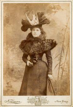 Late Victorian woman - dead bird on hat
