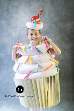 Cupcake costume: http://www.stylemepretty.com/living/2015/10/14/diy-halloween-costume-cupcake/ | Photography: Ruth Eileen Photography - rutheileenphotography.com