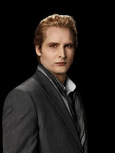 Peter Facinelli . Hes Gorgeousss. AKA carlisle from twilight . Hehe;)