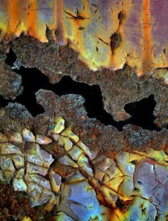 Love this! #rust #corrosion #chipped #decay #weathered #metal #decay #tarnish #texture #color #contrast #patina