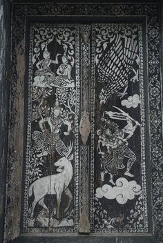 Ornate door - Wat That Luang, Luang Prabang