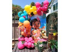 Moana Birthday Party Supplies, Moana Birthday Party Theme, Moana Themed Party, Moana Party, 2nd Birthday Parties, Birthday Balloons, Tropical Party Decorations, Balloon Decorations Party, Balloon Garland