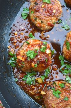 Asian Pork Meatballs Asian Pork Meatballs With Ginger Honey Sauce. These may be the BEST meatballs you ever had! - Recipe for Asian Pork Meatballs Asian Pork Meatballs With Ginger Honey Sauce that are also Gluten Free Asian Recipes, Healthy Recipes, Crockpot Recipes, Easy Vietnamese Recipes, Asian Dinner Recipes, Vietnamese Food, Fodmap Recipes, Asian Foods, Asian Pork