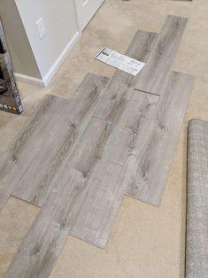 Best Vinyl Plank Flooring For Kitchen And Bathroom Luxury Vinyl Flooring, Luxury Vinyl Plank, Modern Flooring, Wood Vinyl, Vinyl Planks, Vinyl Vs Laminate Flooring, Waterproof Vinyl Plank Flooring, Engineered Vinyl Plank, Laminate Stairs