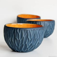 Inexpensive, elegant and versatile, pottery is a worthwhile addition to your home, and you should definitely consider getting some for your interior design project. Pottery is used to decorate diff… Pottery Plates, Thrown Pottery, Slab Pottery, Pottery Mugs, Ceramic Pottery, Ceramic Techniques, Pottery Techniques, Sculptures Céramiques, Ceramic Sculptures
