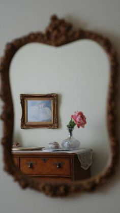 Rose and Lace Reflections – Spiegel My New Room, My Room, Mrs Marple, Casa Retro, Mourning Dove, Rose Cottage, Decoration, Reflection, Room Decor