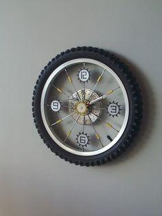 Bike Wheel Clock// boys room