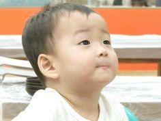 Minguk - The Return of Superman Cute Kids, Cute Babies, Baby Kids, Song Il Gook, Triplet Babies, Superman Kids, Song Daehan, Man Se, Song Triplets