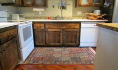"""kitchen rugs ideas for under table: """"kitchen mats"""",""""Sink"""",""""DIY"""" Kitchen Area Rugs, Kitchen Flooring, Kitchen Mats, Kitchen Corner, Kitchen Doors, Kitchen Cabinets, Best Kitchen Designs, Kitchen Pictures, Cool Rugs"""