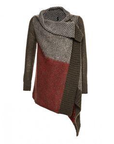 Cárdigan de mangas largas - PRENDAS DE PUNTO - OTOÑO/INVIERNO - MUJER  What a cool sweater. I sooo want to add a Foofaraw Shawlstick to it!!
