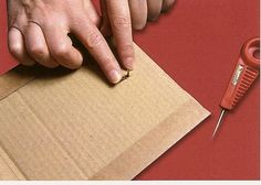How to make photo frame with corrugated cardboard - Art & Craft Ideas Easy Diy Crafts, Diy Craft Projects, Craft Ideas, Toilet Paper Flowers, Cadre Diy, How To Make Photo, Easy Knitting Projects, Quilling Tutorial, Cardboard Paper