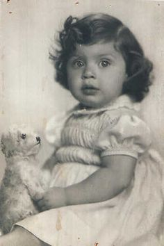 Alida Roeg 3 year old Alida from Amsterdam, Netherlandswas sadly murdered in Auschwitz with her parents on March 13, 1943.