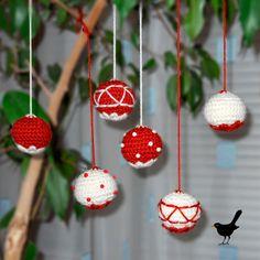 Crocheted Christmas balls