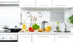 A good feng shui kitchen can greatly improve your life. Here's a guide on the ideal positioning, size, organization, and color of a feng shui kitchen. It also shares quick fixes if your kitchen doesn't fit some of these requirements. Big Kitchen, Kitchen Cart, Kitchen Design, Kitchen Cabinets, Kitchen Modern, Kitchen Trends, Kitchen Hacks, Kitchen Gadgets, Home Staging