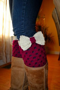 Crochet Boot Cuffs with Bow In Boysenberry-Off White