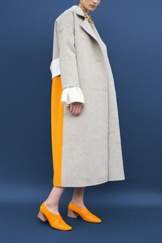 Kate Oversized Belted Coat Wool Grey and Yellow Winter Fashion Outfits, Autumn Fashion, Casual Outfits, Stylish Coat, Inspiration Mode, Style Casual, Belted Coat, Look Vintage, Abaya Fashion