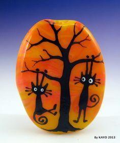 """Sunset Swingers"" Bykayo A Handmade Black Cat Lampwork Art Glass Focal Bead SRA | eBay <3<3<3I DO ADORE THESE LITTLE CHARACTERS - PLAYFUL<3<3<3"