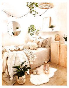 Cute Bedroom Decor, Bedroom Decor For Teen Girls, Cute Bedroom Ideas, Girl Bedroom Designs, Stylish Bedroom, Room Ideas Bedroom, Decor Room, Bedroom Inspo, Couple Bedroom