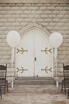 Giant White Balloon Giant 36 Pink Balloons #weddingballoons